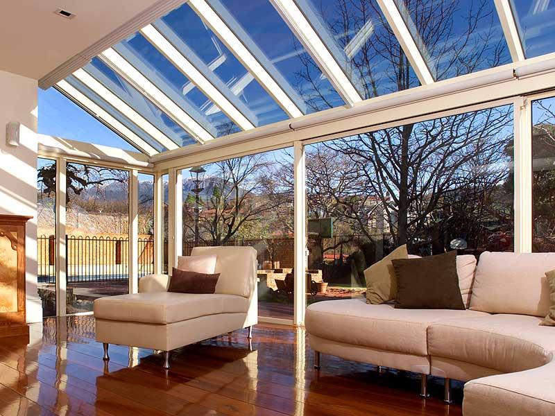 innen oder au en welche sonnenschutzfolien eignen sich besser. Black Bedroom Furniture Sets. Home Design Ideas